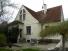 Ráda bych Vám nabídla k prodeji komfortní vilu 5+1 s krásnou zahradou v  klidné části a zároveň v centru Teplic.